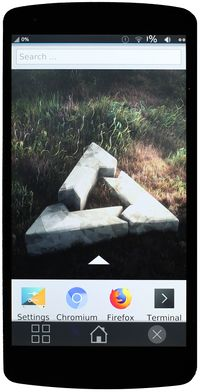 Nexus 5 running plasma mobile