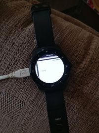 LG G Watch R running the weston demo